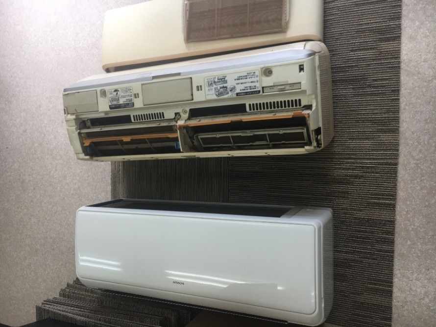 1BAC85F6-222B-4BAC-B676-04C166F0705F